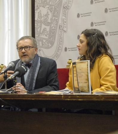 ©Ayto.Granada: La concejalía de Derechos Sociales impulsa el taller de literatura en la memoria para los mayores de Granada
