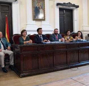 ©Ayto.Granada: El alcalde asiste al inicio del curso escolar de Secuntaria y enseñanzas no obligatorias en el Instituto Padre Suárez