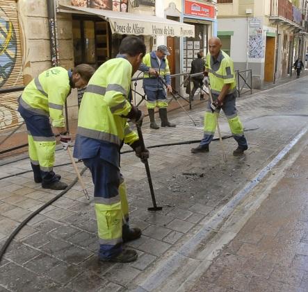©Ayto.Granada: Granada intensifica el Plan de Limpieza Especial en la procesión de la Matrona