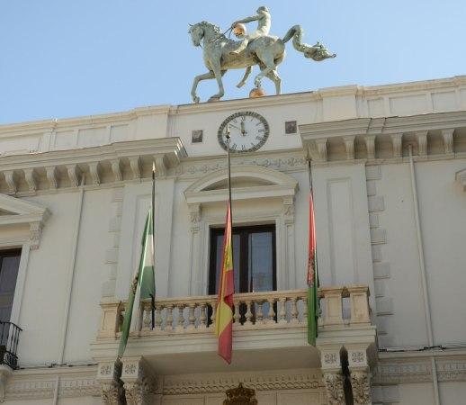 ©Ayto.Granada: El Ayuntamiento apaga este sábado las luces del edificio de la Plaza del Carmen como adhesión a la 'Hora del Planeta'