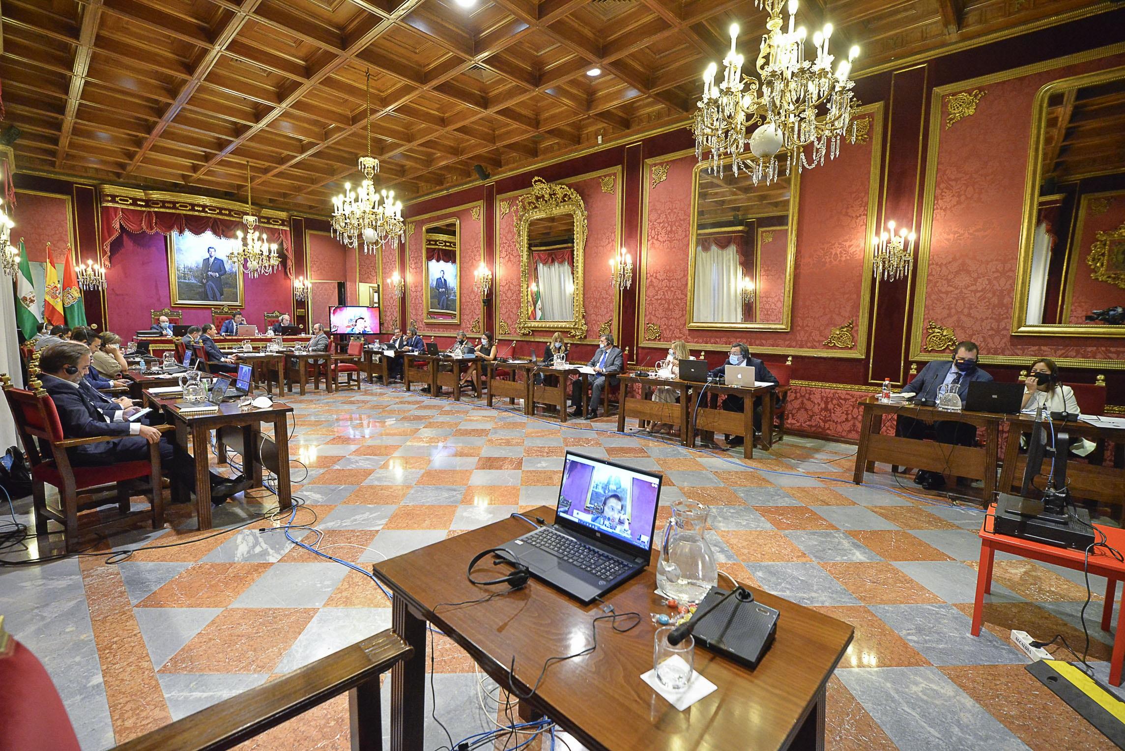 ©Ayto.Granada: El Ayuntamiento se compromete a trabajar para dar visibilidad a la realidad de la mujer LBTI+