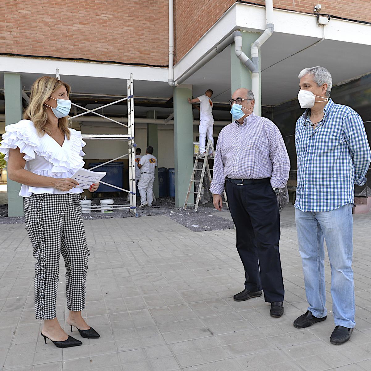 ©Ayto.Granada: Avanzan a buen ritmo las labores de pintura interior y exterior en 7 colegios de la ciudad