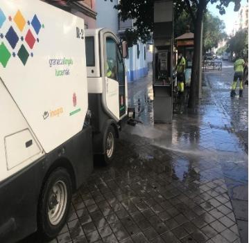©Ayto.Granada: Medio Ambiente refuerza en agosto las labores de limpieza en la ciudad con el impulso de distintos planes especiales