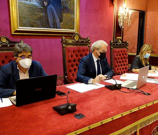 ©Ayto.Granada: La Comisión de Hacienda aprueba la propuesta del equipo de gobierno de rebajar las tasas de terrazas y kiosko en el ejercicio 2021