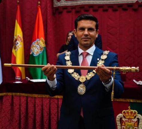 ©Ayto.Granada: PACO CUENCA RECUPERA LA ALCALDÍA DE GRANADA CON EL OBJETIVO LOGRAR LA UNIDAD Y LA ESTABILIDAD