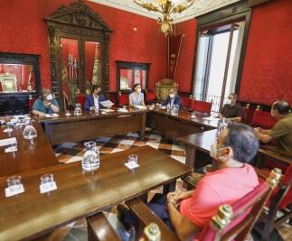 ©Ayto.Granada: EL AYUNTAMIENTO APRUEBA EL PAGO DE 9,5 MILLONES DE EUROS A UN CENTENAR DE AUTÓNOMOS Y PEQUEÑAS EMPRESAS DE LA CIUDAD